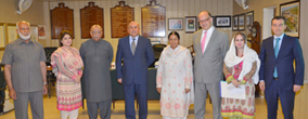 Turkish delegation calls on PU VC